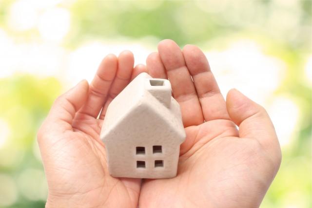 住宅ローンを借り換える時に考えるポイントは、教育費や転職の可能性など